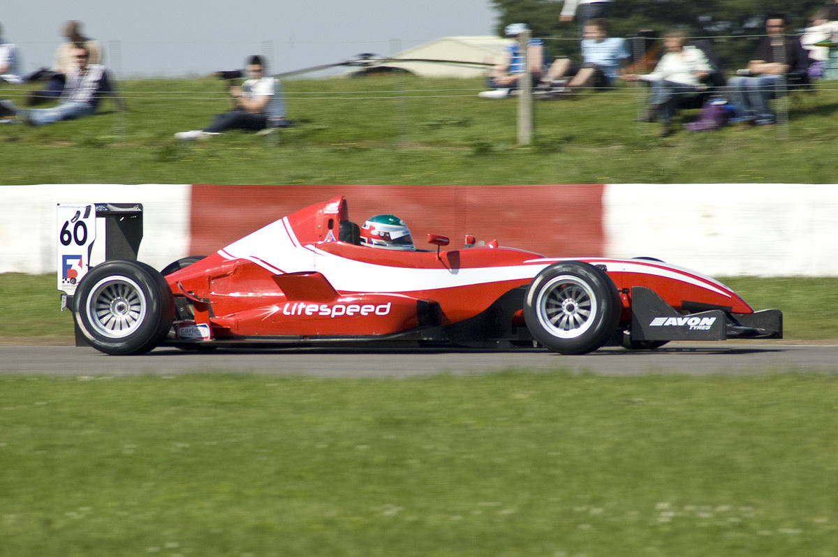OFFICIAL TEST DRIVER FOR HITECH RACING AND LITESPEED BRITISH F3 TEAMS